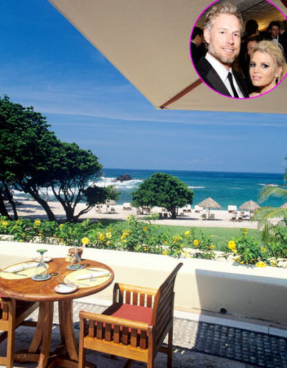 Jessica Simpson, Eric Johnson Honeymoon at the Four Seasons Punta Mita Resort in Mexico: Pictures, Details